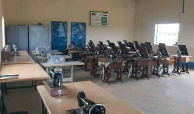 Directaid مشاريع التنمية Sewing Center - 1 2