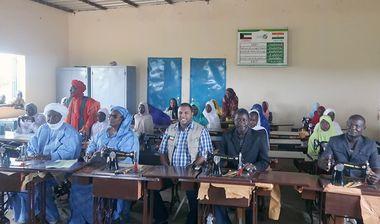 Directaid مشاريع التنمية Sewing Center - 1 4