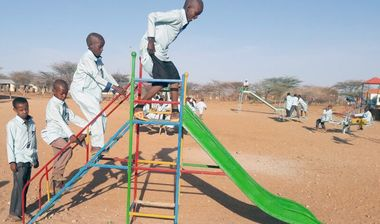 Directaid مشاريع التنمية Playgrounds for Gharbatala Orphans 4