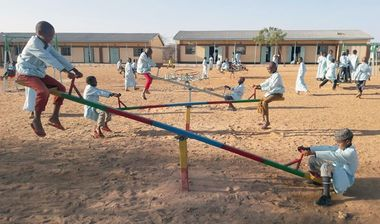 Directaid مشاريع التنمية Playgrounds for Gharbatala Orphans 6