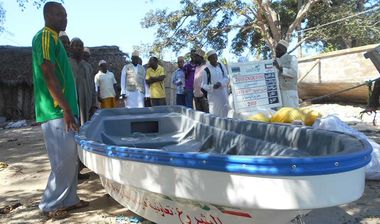 Directaid مشاريع التنمية stop destitution - a fishing boat project-3 1