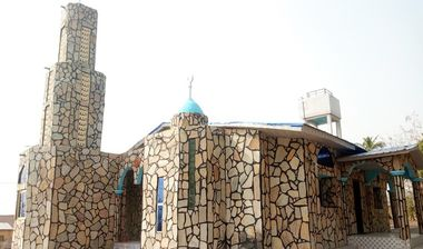 Directaid مساجد  Al-Mushkat Masjid 2