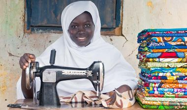 Directaid  Mubadra Project - sewing and embroidery center 1