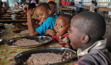 Directaid المشاريع التعليمية School Meals Project 1