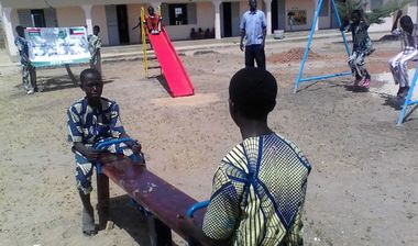 Directaid مشاريع التنمية Playgrounds for Gambia's orphans 7
