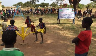 Directaid مشاريع التنمية Playgrounds for Gambia's orphans 10