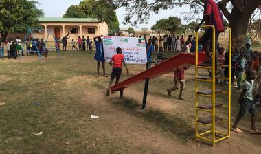 Directaid مشاريع التنمية Playgrounds for Gambia's orphans 11