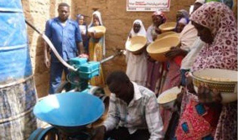 Directaid مشاريع التنمية Mill Project - Kenya 1