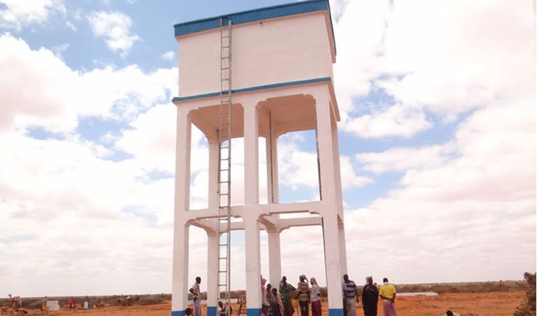 Directaid Water Projects Large artesian well - 2 4