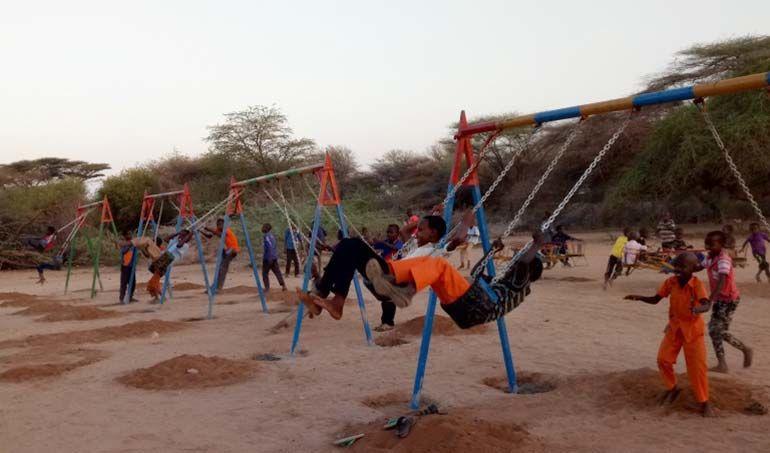 Directaid مشاريع التنمية Playgrounds for Mdogache Orphans 1