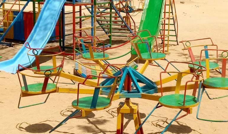 Directaid مشاريع التنمية Playgrounds for Mdogache Orphans 6