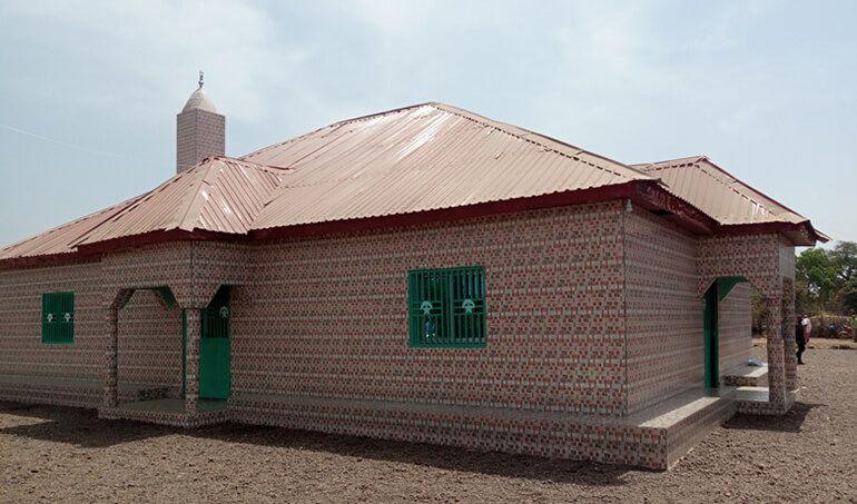 Directaid مساجد ومشاريع دعوية Masjid Zou Al- Janahin 19