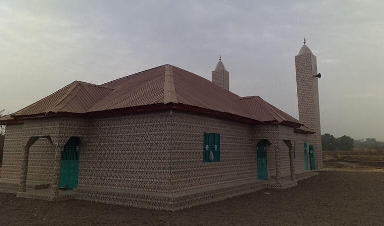 Directaid مساجد ومشاريع دعوية Masjid Zou Al- Janahin 4