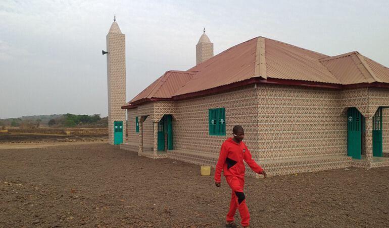 Directaid مساجد ومشاريع دعوية Masjid Zou Al- Janahin 5