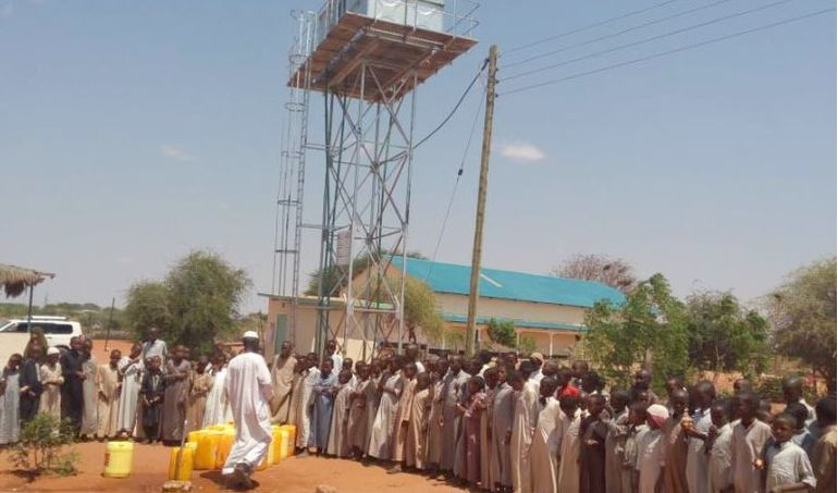 Directaid Water Projects Large artesian well - Kenya - wajeer - 1 2